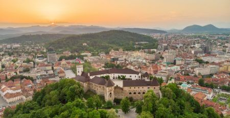 Single permit for residence and work in Slovenia simplifies the procedures