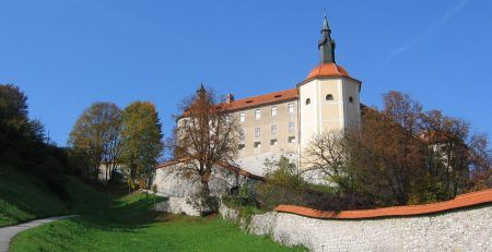 How to register a Limited Liability Company in Slovenia?