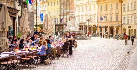 Street trading in Slovenia and mobile outlets