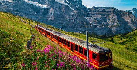 International road and rail travel resume in Slovenia