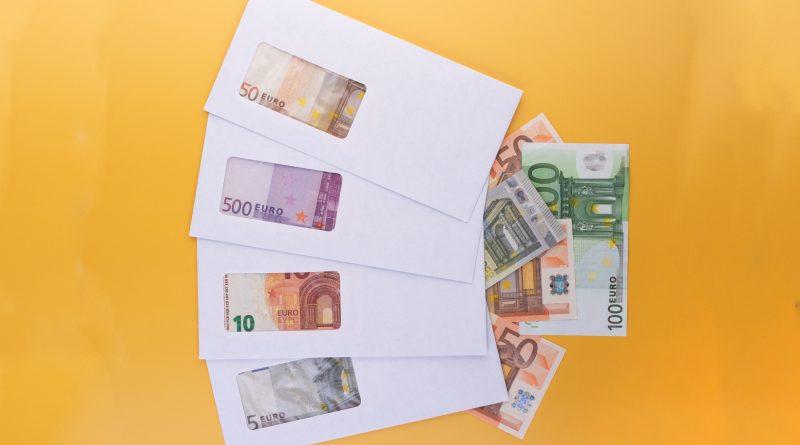 Minimalna plata za 2021 u SlovenijiEU!