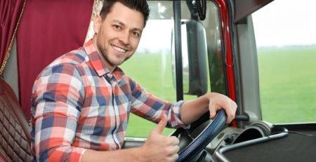 Obavezni dokumenti za vozače kamiona - izbegnite kazne!