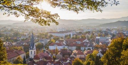 Korak po korak poslovne migracije u Sloveniju