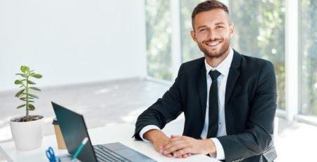 Stranac može biti direktor firme u Sloveniji!