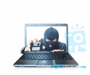 Tržni inšpektorat RS svari pred prevaro s priporočeno pošto