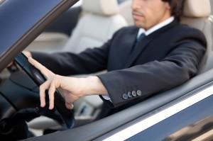 Kupiti službeno ali zasebno vozilo?