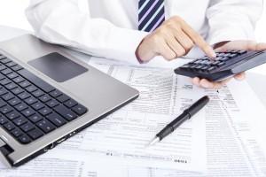 Normiranci: obveznosti si izračunajte z Datinim kalkulatorjem