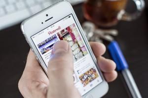 Mariborski študentje izumili telefon, ki vidi