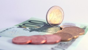 Obdavčenju ne ubeži niti odpravnina (1. del)