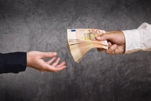 Akontacijo dohodnine za avtorski honorar določa Zakon o dohodnini