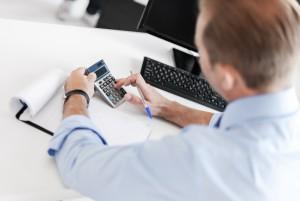 Dodatki k plači: Delovna uspešnost se določi po kvaliteti in obsegu opravljanja dela