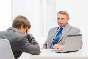 Izredna odpoved pogodbe o zaposlitvi mogoča tako z delodajalčeve kot delavčeve strani