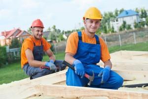 Sosedska pomoč: Pomoč pri prekrivanju strehe ena od redkih izjem