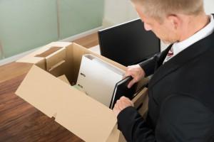 Pravice in obveznosti ob redni odpovedi pogodbe o zaposlitvi s strani delavca