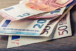 ponarejanje evrobankovcev