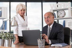 spodbujanje podaljševanja delovne aktivnosti