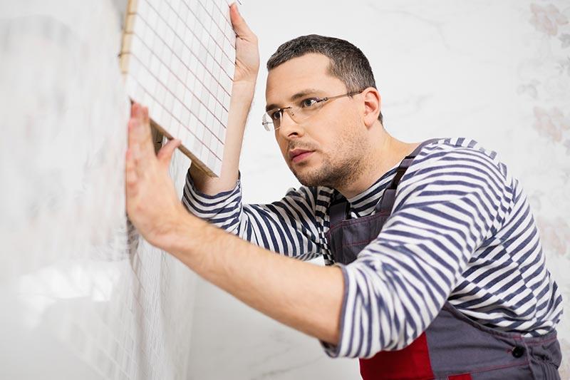 Ste dober keramičar in bi radi polagali ploščice kot obstranski poklic? Registrirajte popoldanski s.p.!