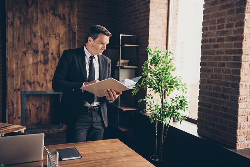 Prihaja 200 novih zakonskih in podzakonskih predpisov - podjetniki, kako se boste znašli?