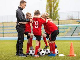 Bi radi postali trener nogomet-a? Brez registracije s.p. se ne da…
