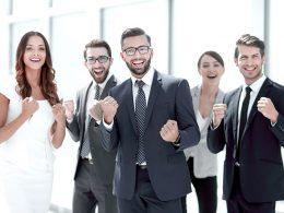 Kdo vse vam je lahko v pomoč pri odprtju podjetja?