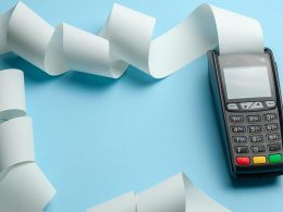 Potrjevanje računov in uporaba blagajne je davčno obvezna - cl